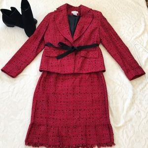 Beautiful tweed outfit jacket and skirt !